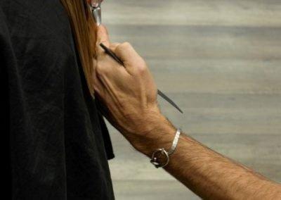 dettaglio taglio capelli lunghi imarloo parrucchieri mestre